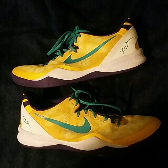 newest 19331 e22cb Kobe 8 samples size 13. M 5b80e8f93e0caa2916e1fb9d